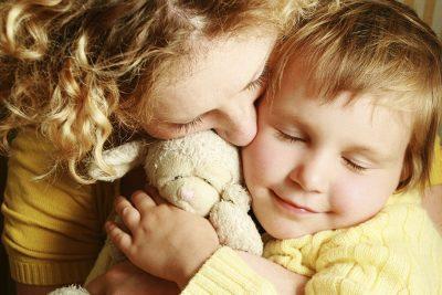 Изображение - Поиск детей для усыновления банк данных mama-ryadom-400x267