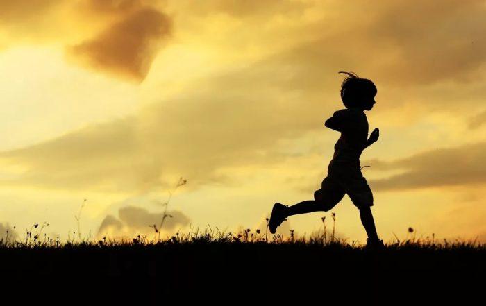 Изображение - Поиск детей для усыновления банк данных pobeg-700x441